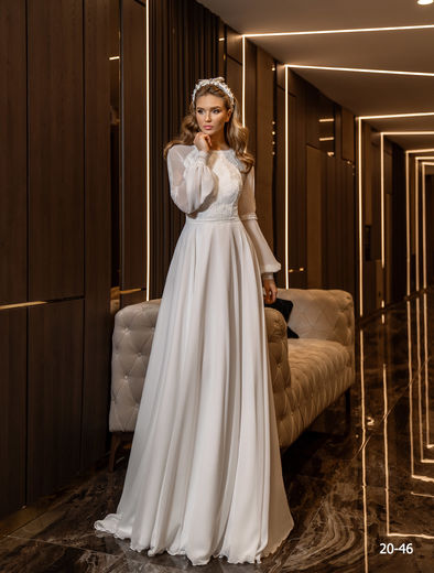 Wedding dress 20-46 ivory