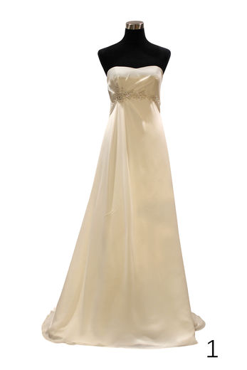 Lavem wedding dress